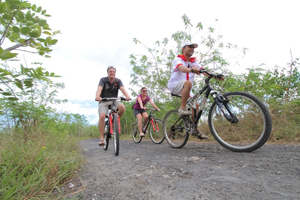 cycling tour, lembongan activities, cycling tour in lembongan, lembongan island, lembongan fast boats